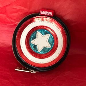 🐥4/$30🐥 Marvel coin pouch